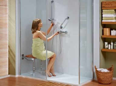 walk-in-showers_revive_vOMrzd04THKuhs3JkTY9-1058x550-82100690